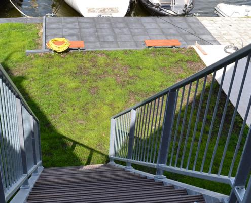 Außentreppe am Kanal Stavoren